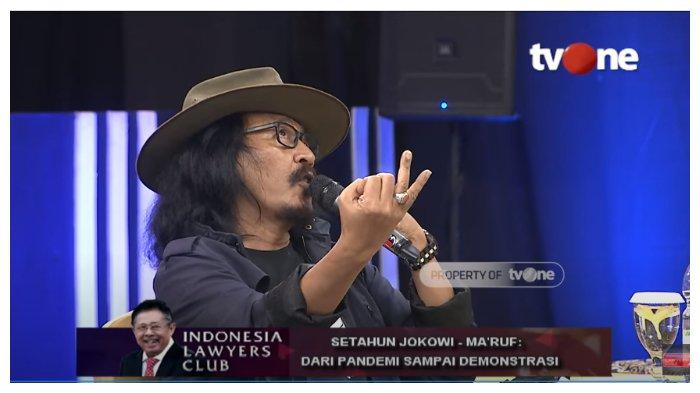 Tampil di ILC, Sujiwo Tejo: Saya Rakyat Gak Percaya, Pak Mahfud Bilang 1 Tambah 1 Sama Dengan 2