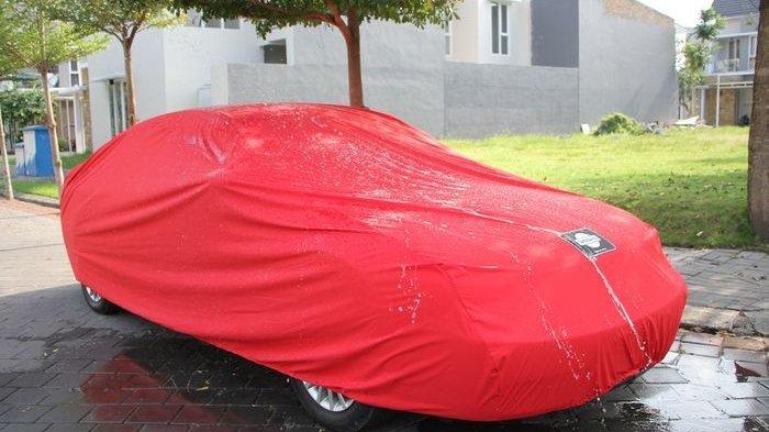 Cara Memilih Cover Mobil yang Benar Berdasarkan Bahannya
