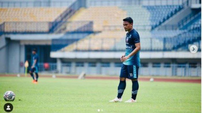 Lawan Persikabo, Pelatih Persib Bandung akan Rotasi Pemain, Peluang Dedi Kusnandar Tampil?