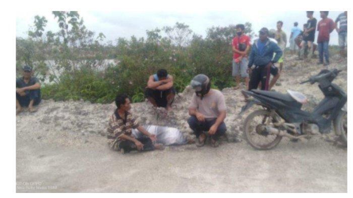 Detik-detik saat jasad Yati ditemukan di kolong Desa Telak, Parittiga, Kabupaten Bangka Barat, Bangka Belitung, Minggu (17/1/2021)