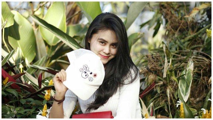 12 Potret Cantik Dwinda Ratna, Calon Istri Furry Setya 'Mas Pur' yang Berprofesi sebagai Reporter TV