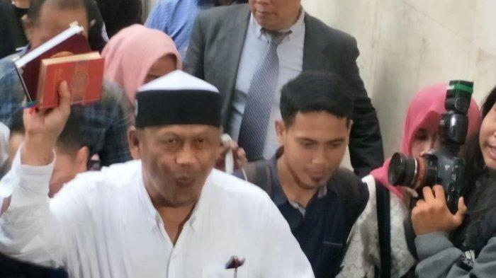 Eggi Sudjana saat memenuhi panggilan penyidik Polda Metro Jaya, Senin (13/5/2019).