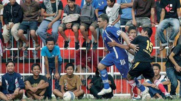 Sejarah Persib Bandung 25 Juli 2009: Menang Telak atas Perkesit Cianjur, Siapa Saja yang Cetak Gol?