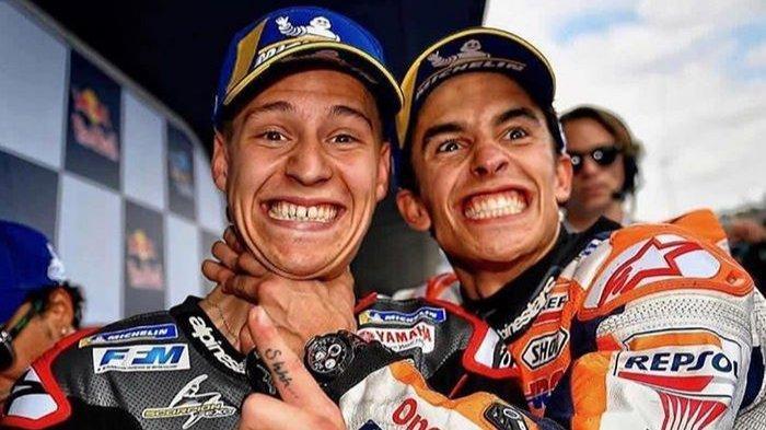 Fabio Quartararo (kiri) berhasil rebut rekor Marc Marquez (Kiri) pada sesi kualifikasi Moto GP Spanyol 2019