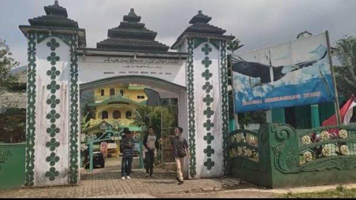 Foto 'istana' Kerajaan Angling Dharma di Pandeglang, Bnaten.