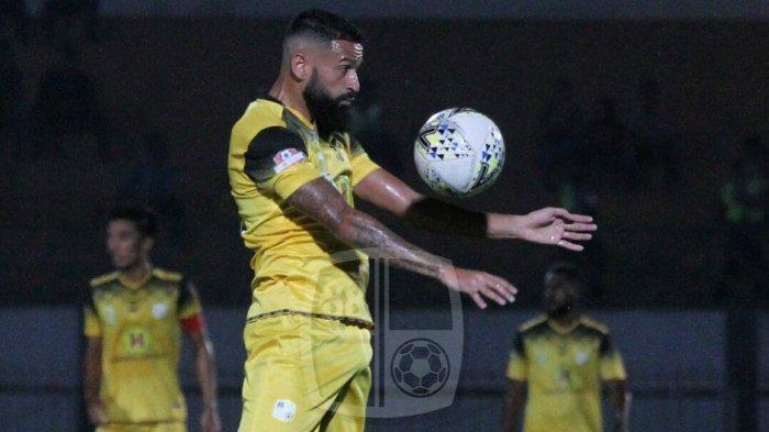 VIDEO Unik Borneo FC saat Umumkan Kedatangan Pemain Asing Barunya Francisco Torres