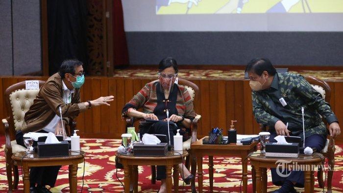 Daftar Nama Menteri Rawan Reshuffle Versi Relawan Jokowi Vs Survei, Ternyata Tak Jauh Beda