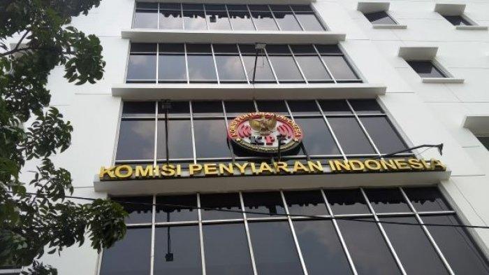 Gedung Komisi Penyiaran Indonesia (KPI) Pusat yang berlokasi di Jalan. Ir. H Juanda, Jakarta Pusat, Kamis (2/9/2021). MS selaku korban kasus dugaan pelecehan seksual oleh rekan kerja sekantornya diketahui mengaku kecewa akan sikap KPI dalam menangani kasusnya.