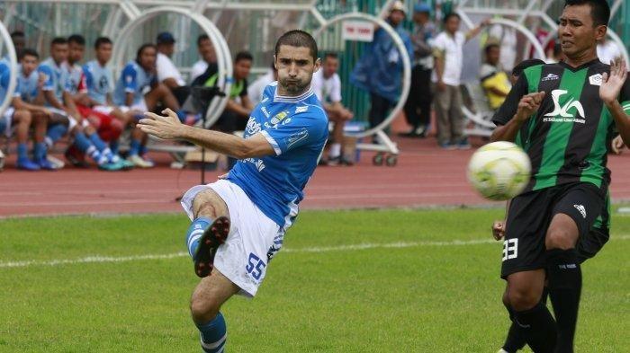 Gelandang asing Persib Bandung, Srdan Lopicic