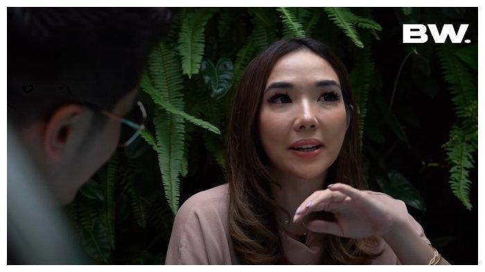 Sambil Menangis, Gisel Ungkap Momen Beranikan Diri Cerita soal Video Syur ke Ibu: Aku Berdoa Dulu