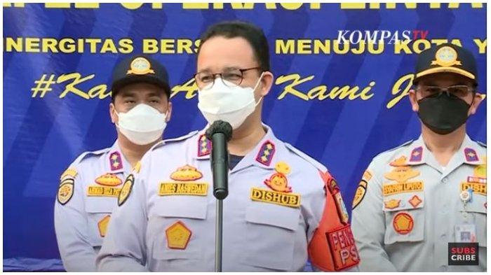 Gubernur DKI Jakarta, Anies Baswedan menyampaikan perkembangan penanganan bencana banjir di Ibu Kota, Senin (22/2/2021).