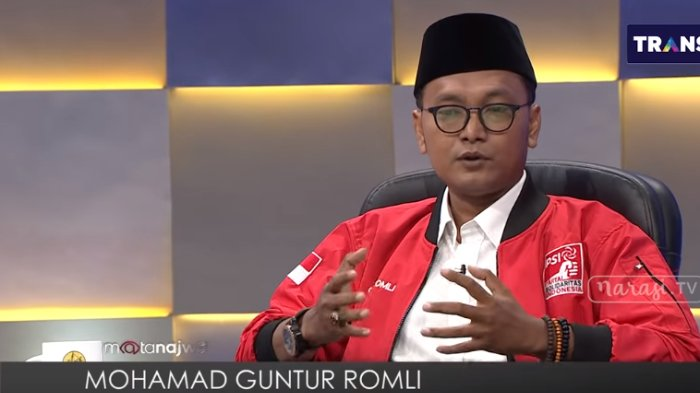 Kritik Langkah Tim Prabowo-Sandi, Guntur Romli: Ratna Itu Orang yang Terkenal dengan Timbunan Hoaks