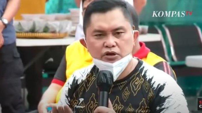 Kapolda Metro Jaya, Irjen Pol Fadil Imran memberikan pernyataan tegas mengenai organisasi masyarakat (ormas).  Hal itu diungkapkan Fadil saat acara ramah tamah di Polda Metro Jaya, Jumat (11/12/2020) pagi.
