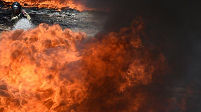 Ilustrasi api dibakar