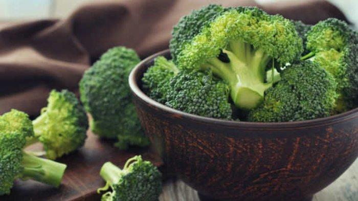 10 Makanan Paling Padat Nutrisi yang Bisa Dikonsumsi Sehari-hari, Salmon dan Sarden hingga Brokoli