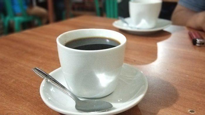 Ilustrasi kopi peningkat stamina yang sebabkan banyak warga Sumedang keracunan.