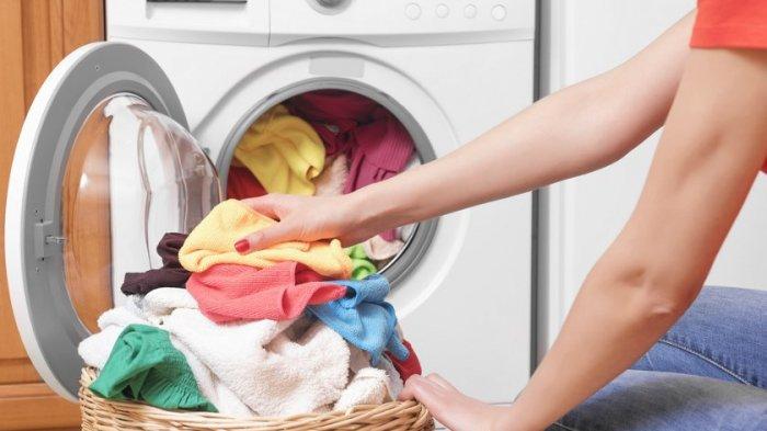 Virus Covid-19 Bisa Menempel di Pakaian, Ini Tips Mencuci Baju yang Aman saat Isolasi Mandiri
