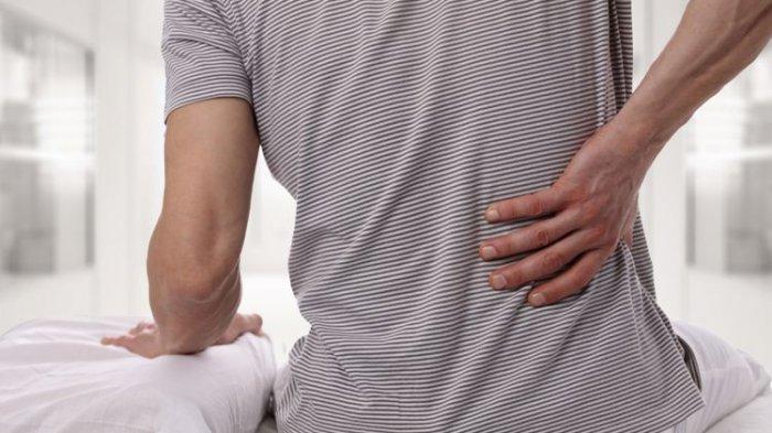 8 Kebiasaan yang Bisa Bantu Cegah Sakit Punggung, Perhatikan Posisi Duduk