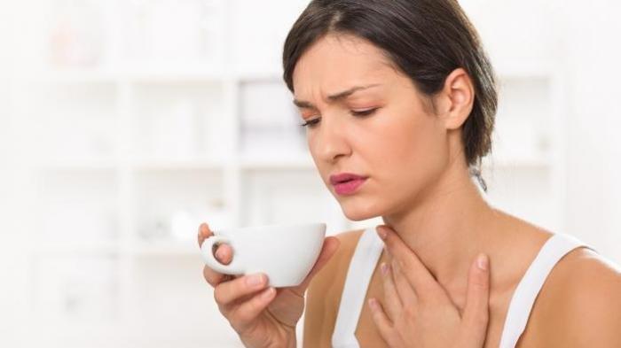 Gejala Umum saat Isolasi Mandiri, Ini Bedanya Sakit Tenggorokan akibat Covid-19 dan Sebab Lain