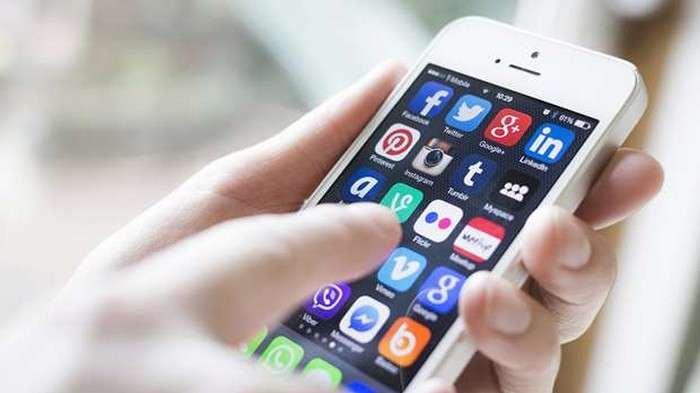 7 Tips Menghemat Baterai Smartphone saat Perjalanan Mudik Lebaran