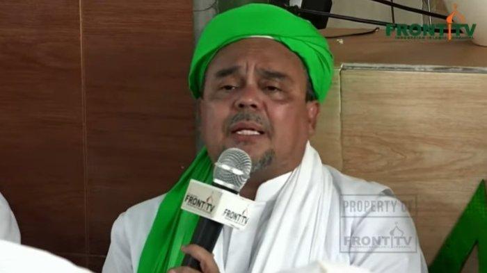 Imam Besar FPI Muhammad Rizieq Shihab alias Habib Rizieq memberikan sambutan setelah kepulangannya ke Indonesia, Selasa (10/11/2020).
