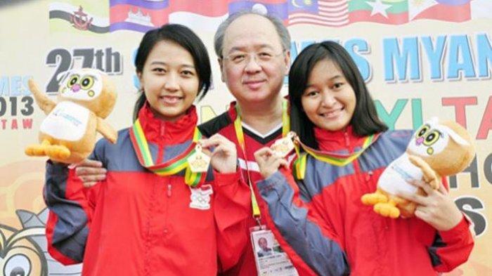 Irene Sukandar (kiri)