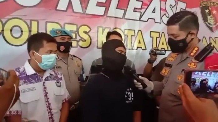 Rekam Aksinya Pukuli Bocah 2 Tahun, Pria di Banten Viral di Medsos: Kesal HP Saya Dibanting