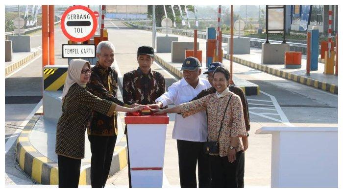 Resmikan Ruas Tol Kartasura-Sragen, Jokowi Ingin Rest Area di Sepanjang Tol Diisi Produk Lokal
