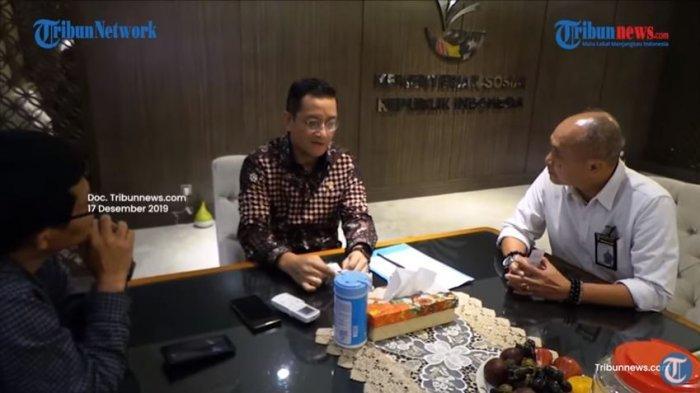 Video wawancara Direktur Pemberitaan Tribun Network, Febby Mahendra Putra, dengan Menteri Sosial Juliari Peter Batubara pada Selasa, 17 Desember 2019. Baru-baru ini video wawancara tersebut menjadi viral seusai Juliari terjerat kasus dugaan suap.