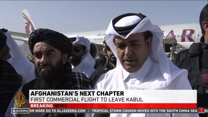 Utusan khusus Qatar, Mutlaq Al Qahtani dan Juru Bicara Taliban, Zabiullah Mujahid pada Kamis (9/9/2021).