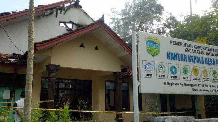 Kades Neglasari Tasikmalaya Bakar Kantornya Sendiri karena Takut Diaudit soal Dana Desa
