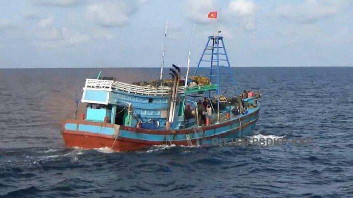 KKP Tangkap Satu Kapal Perikanan Ilegal Milik Vietnam yang Gunakan Alat Terlarang di Natuna