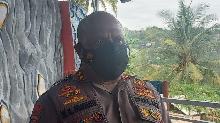 Kapolda Papua Irjen Pol Mathius D Fakhiri. Terbaru, Fakhiri mengonfirmasi kejadian pembakaran gedung SD Mayuberi, Distrik Ilaga Utara, Puncak.