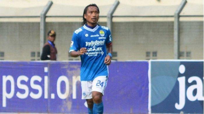 Hariono saat masih berseragam Persib Bandung.