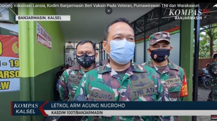 Kasdim 1007/Banjarmasin saat memberikan tanggapan terkait vaksinasi Covid-19 purnawirawan TNI AD kepada wartawan, di Rumah Sakit Tk.III dr. R. Soeharsono, Banjarmasin, Kalimantan Selatan, Senin (24/5/2021).