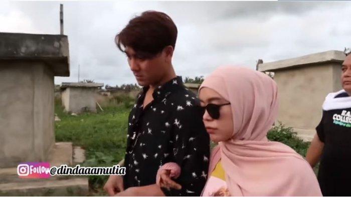 Kebersamaan Rizky Billar dan Lesti Kejora di Sumba, NTT, Jumat (8/1/2021).