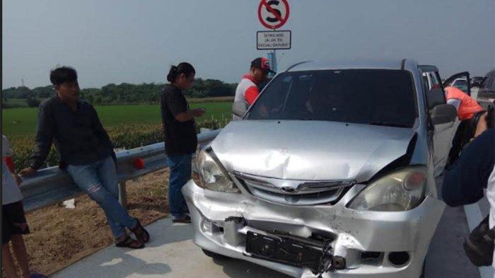 Para Pemudik Hati-hati ya! Terjadi Kecelakaan Beruntun 4 Mobil di KM 291 Tol Kertasari Tegal