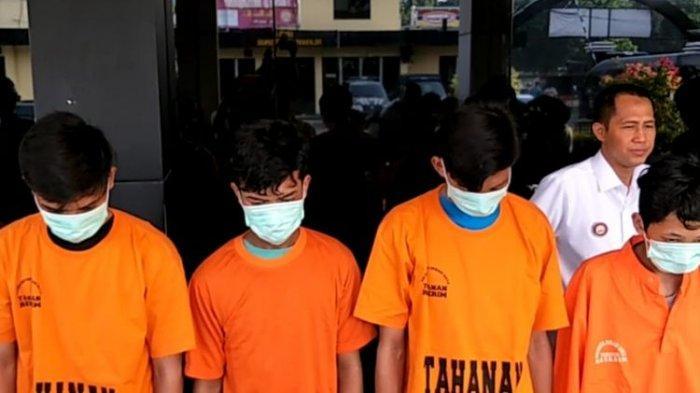 Kelompok pemuda yang membakar hidup-hidup remaja bernama Putra (18) di Jalan Raya Kodau, Jatiasih, Kota Bekasi ditangkap Polisi, Rabu (12/6/2019).