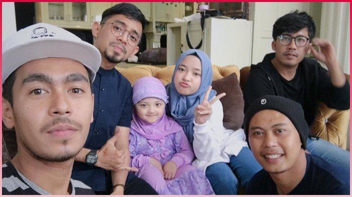 10 Potret Momen Keluarga Anang Hermansyah Bertemu Sabyan Gambus, Arsy dan Nissa Duet Bareng Lho!