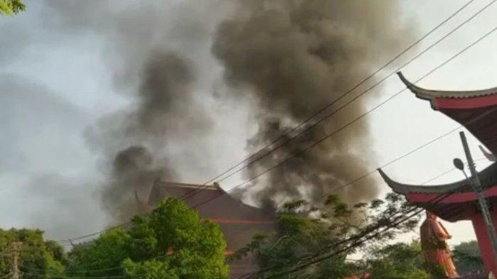 Fakta Viral Kepulan Asap di Obyek Wisata Sam Poo Kong Semarang, Satpam Kewalahan Atasi Kebakaran