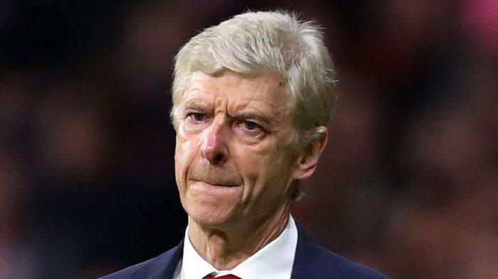 Kesedihan Arsene Wenger melihat langkah Arsenal terhenti di semifinal Liga Eropa saat melawan Atletico Madrid.