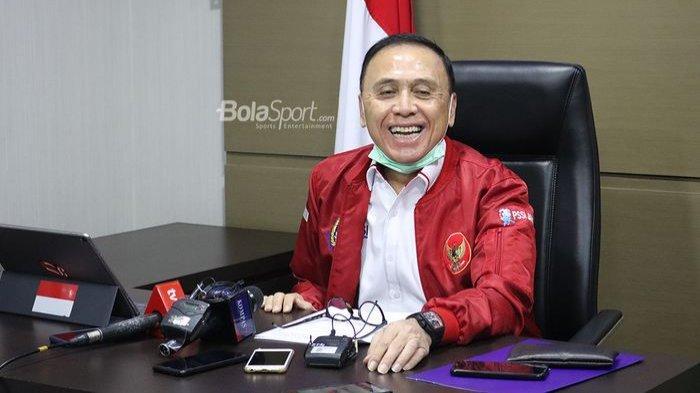 Ketua Umum PSSI, Mochamad Iriawan, memberikan keterangan dalam konferesi pers soal beberapa regulasi Liga 1 2020