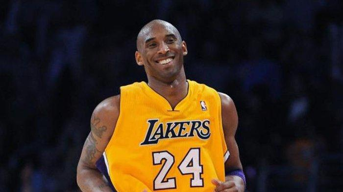 Handuk Kobe Bryant yang Dipakai pada Pertandingan Terakhirnya Laku Terjual hingga Ratusan Juta