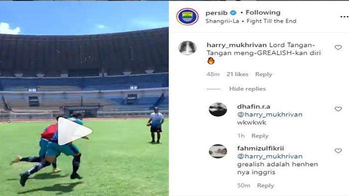 Komentar kocak Bobotoh untuk Henhen Herdiana pada postingan Instagram @persib.