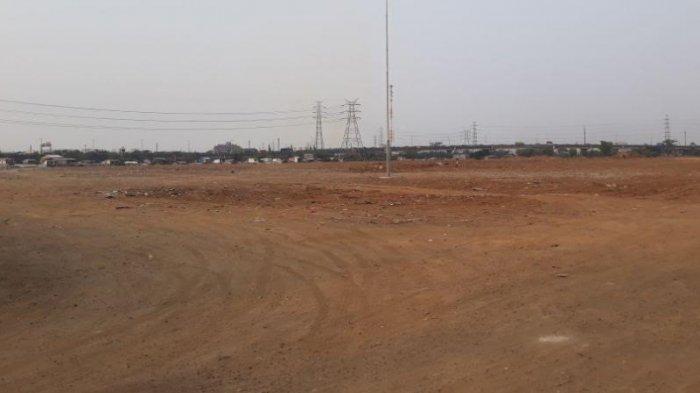 Kondisi lahan Jakarta International Stadium (JIS) di Jalan Sunter Permai Raya, Tanjung Priok, Jakarta Utara, Kamis (4/10/2018).