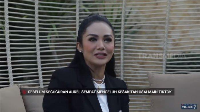 Krisdayanti membeberkan penyebab Aurel Hermansyah keguguran, Selasa (1/6/2021).
