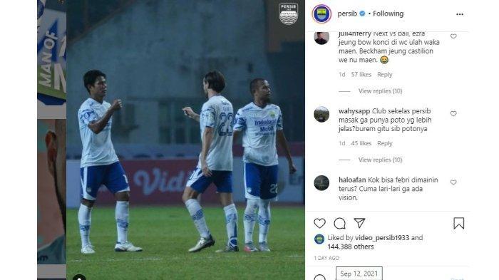 Kritikan Bobotoh untuk Ezra Walian dan Febri Haryadi dalam Instagram Persib Bandung pada Minggu (12/9/2021).