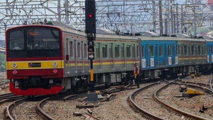 Kisah Viral Penumpang KRL Stasiun Bekasi Terkunci di Gerbong Sendirian, Berawal dari Ketiduran