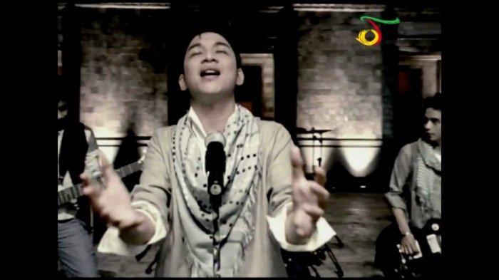 Kunci (Chord) Gitar dan Lirik Lagu 'Dengan NafasMu' - Ungu, Pas Dinyanyikan saat Bulan Puasa Ramadan