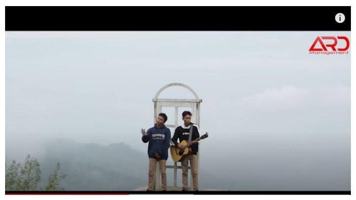 Kunci (Chord) Gitar dan Lirik Lagu Rembulane Ati - LORO ATI, Kangenku Sansoyo Gede Ora Ono Ujunge